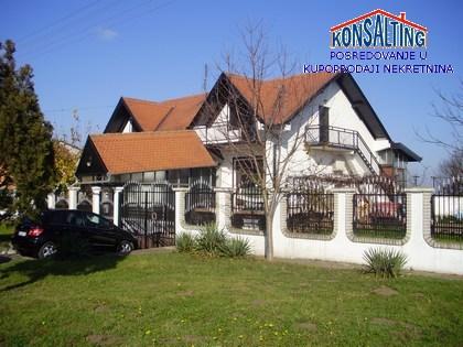 Kuća 500m² Stara Pazova