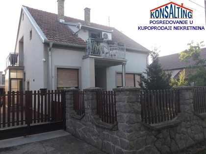 Kuća 212m² Stara Pazova
