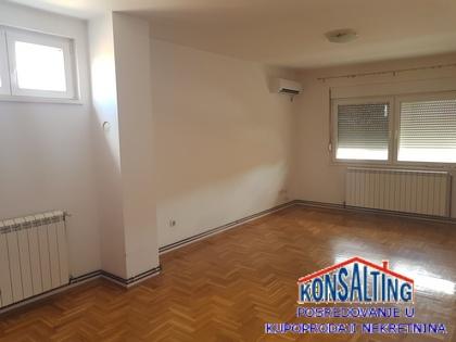 Stan 43m² Novi Banovci