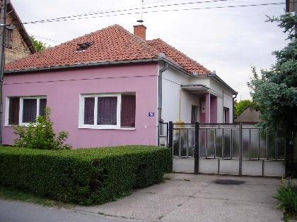 Kuća 130m² Stara Pazova