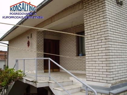Kuća 250m² Stara Pazova