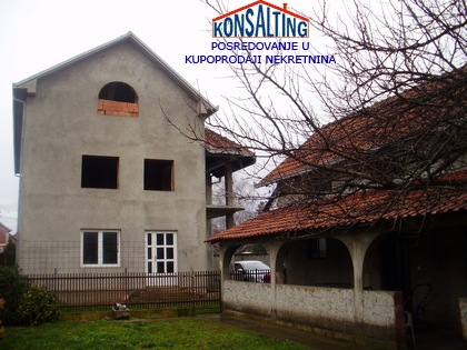 Kuća 470m² Stara Pazova